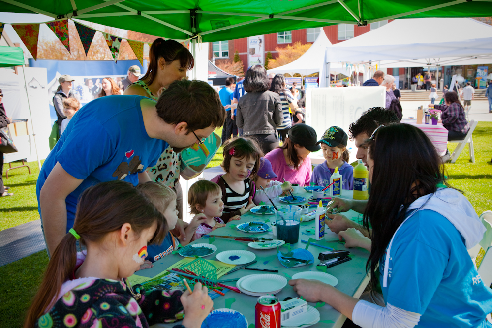 Childrens' Crafts at Earth Day 2012