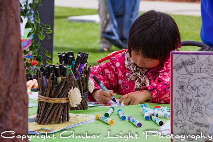 Art Innovators mural artist at Earth Day by Amber Light Photography - April 20, 2013