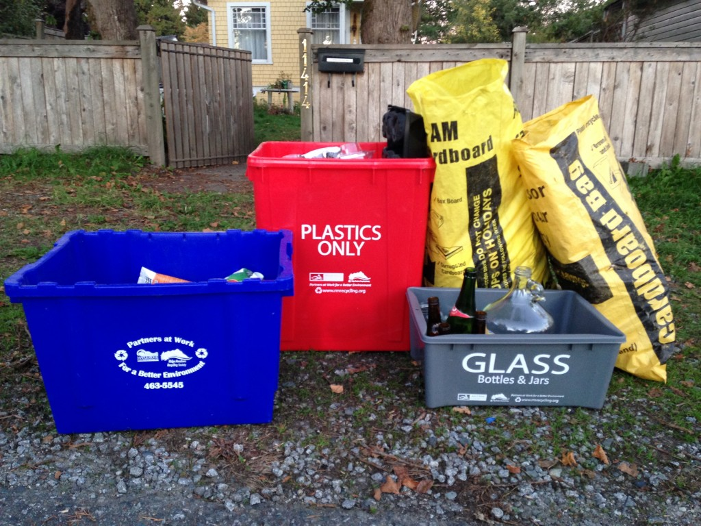 4-sort recycling photo 3 - Oct, 2015